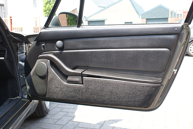 Porsche 993 Carrera 1995 Slate grey