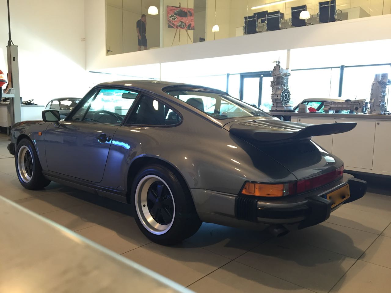 911 youngtimer - Porsche 911 Carrera G50 - 1987 - Felsengruen 5
