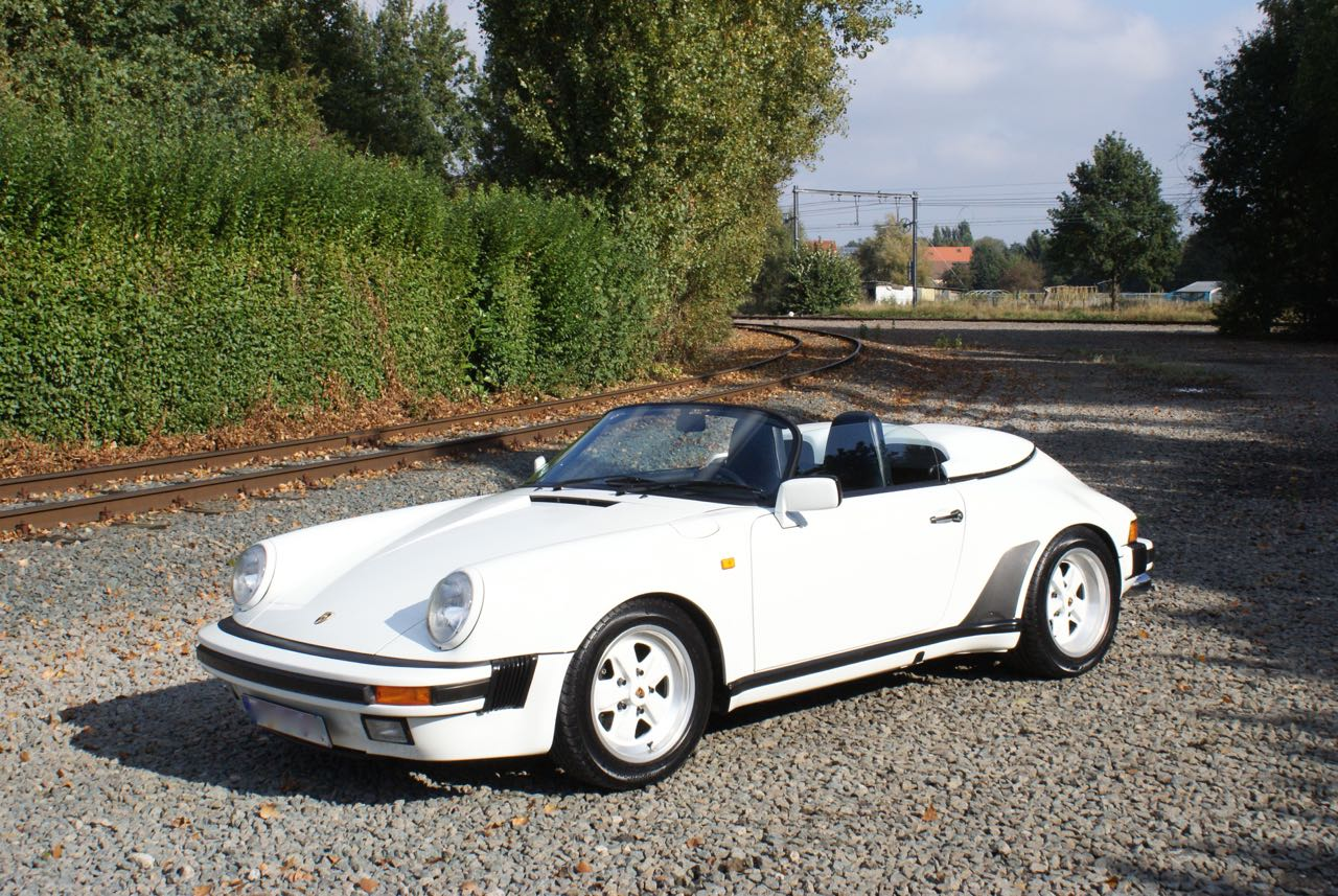911-youngtimer-911-Speedster-1989-Grand-Prix-white-5-of-20