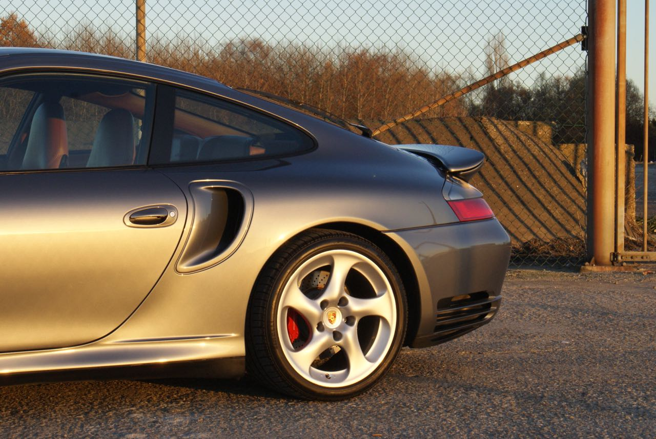 911-youngtimer-porsche-996-turbo-x50-wls-seal-grey-2003-4-of-15
