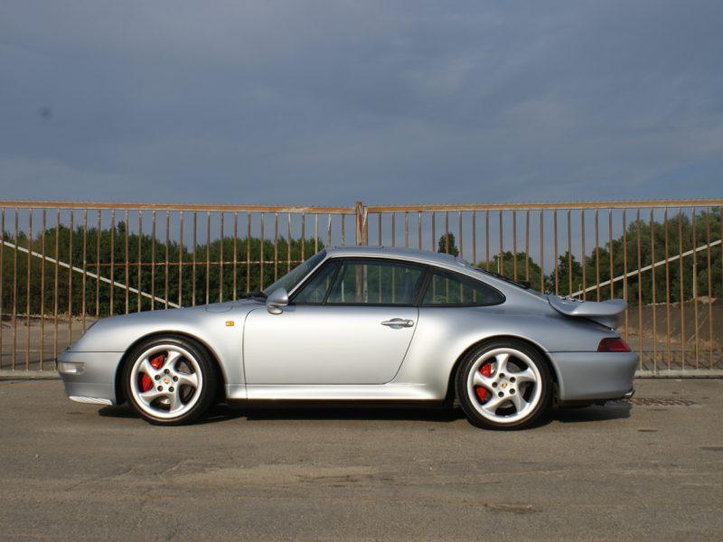 911-youngtimer-Porsche-993-turbo-Polar-silver-1997-8-of-15.jpg