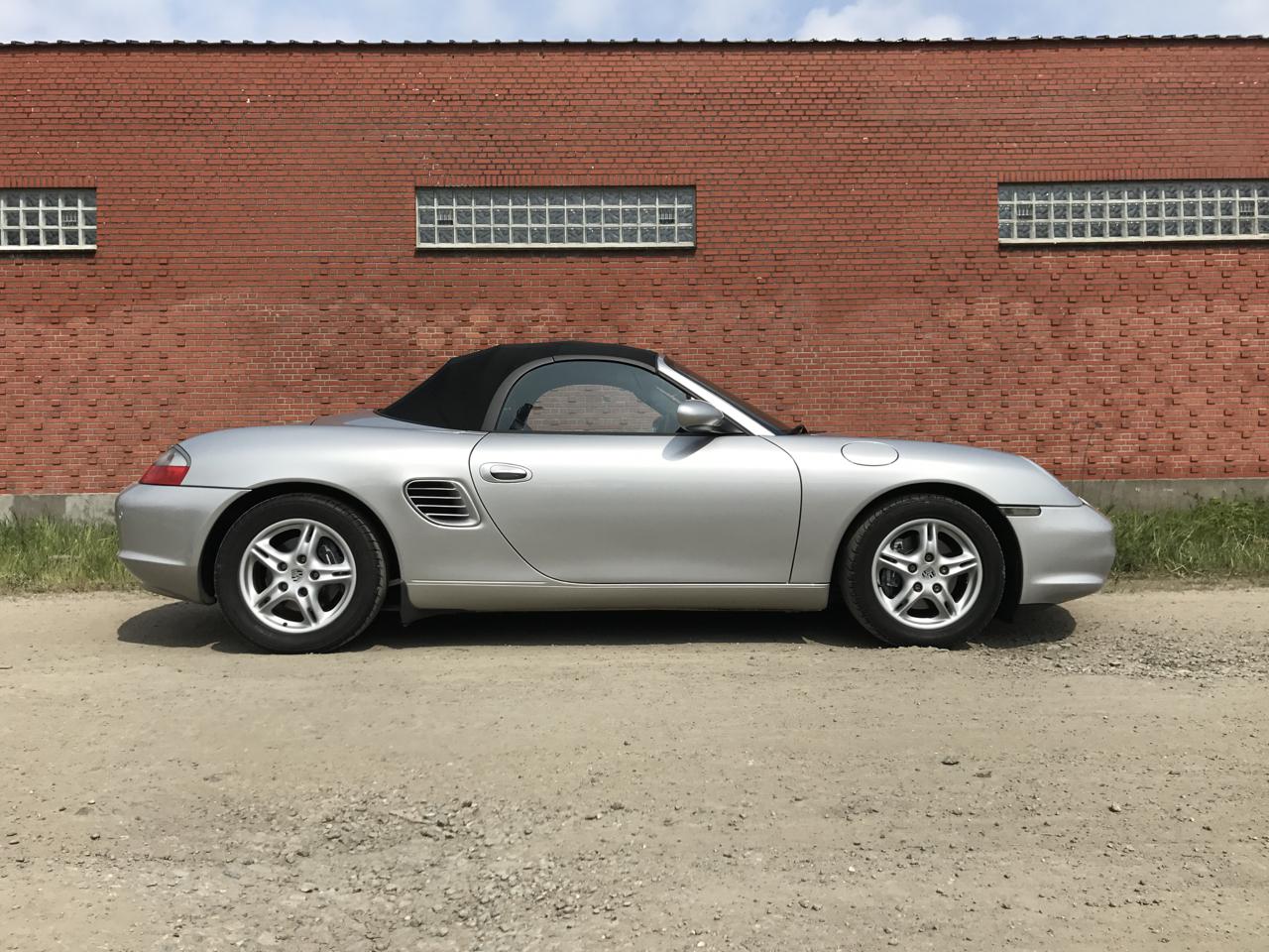 911 youngtimer - Porsche 986 Boxter 2,7L - Arctic Silver - 2003 - 1 of 6
