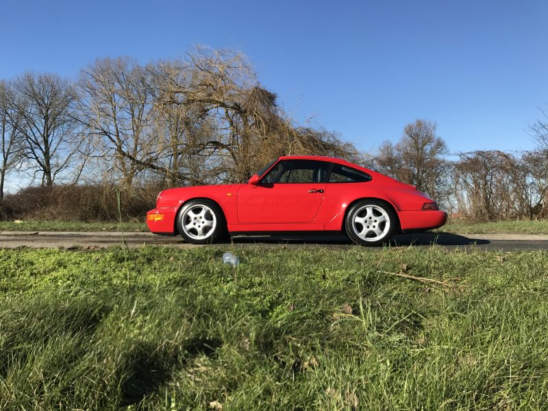 911 youngtimer - Porsche 964 Carrera 4 - Guards Red - 1989 - 1 of 3