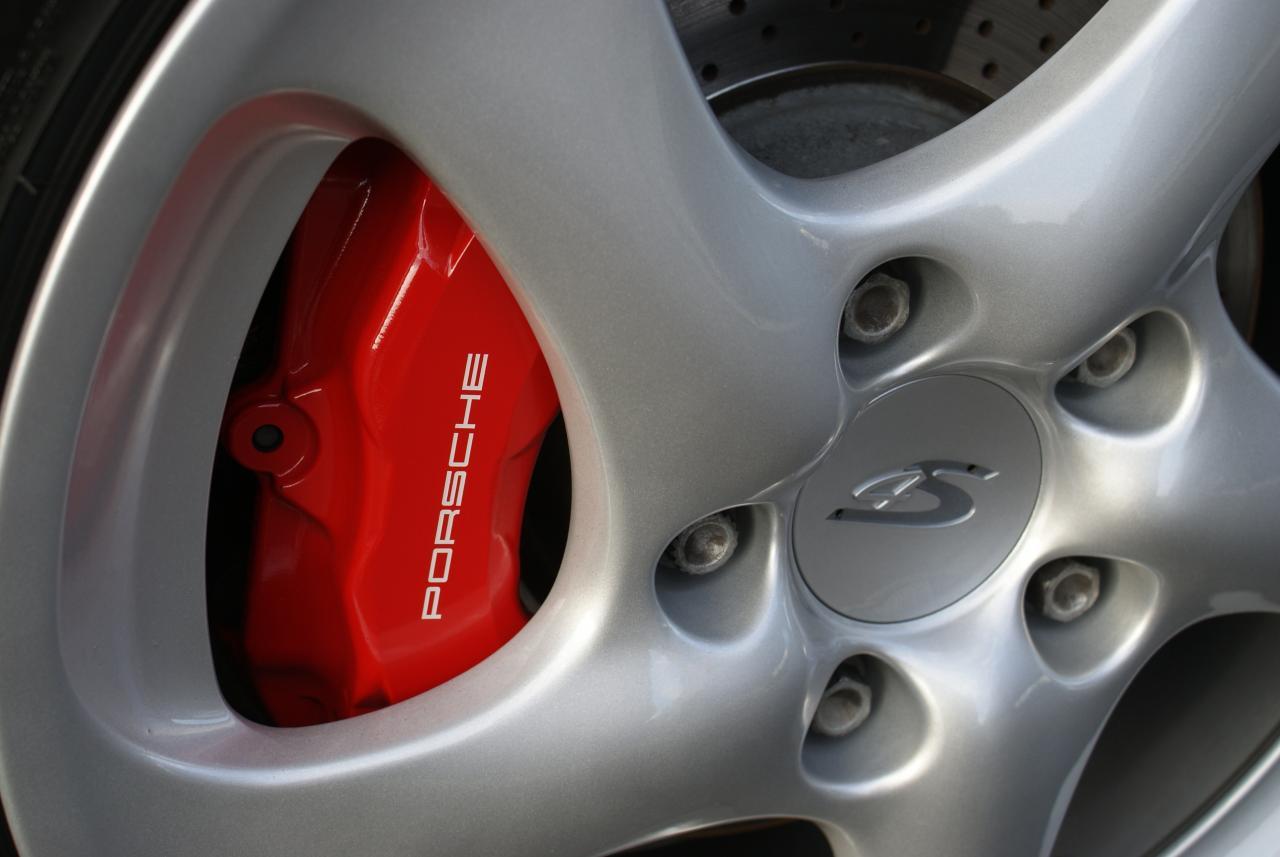 911 youngtimer - Porsche 996 C4S - Arctic - 2005 - 11 of 15 (1)