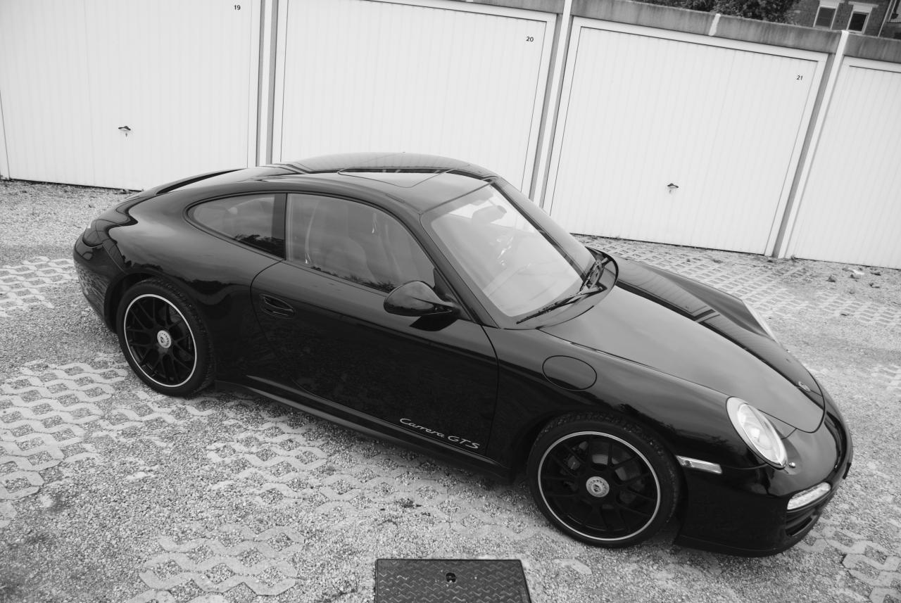 911 youngtimer - Porsche 997 Carrera GTS - Black - 2012 - 1 of 13