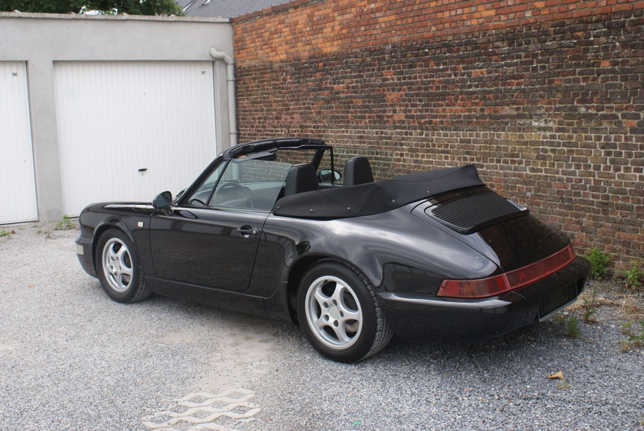 911 youngtimer - Porsche 964 Carrera 4 cabriolet - black - 1992 - 4 of 13