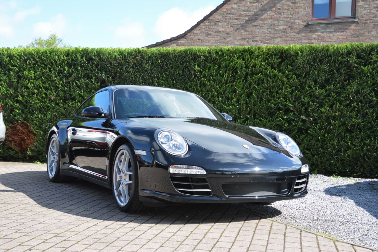 911 youngtimer - Porsche 997 Carrera 4S - Black - 2010 - 1 of 7