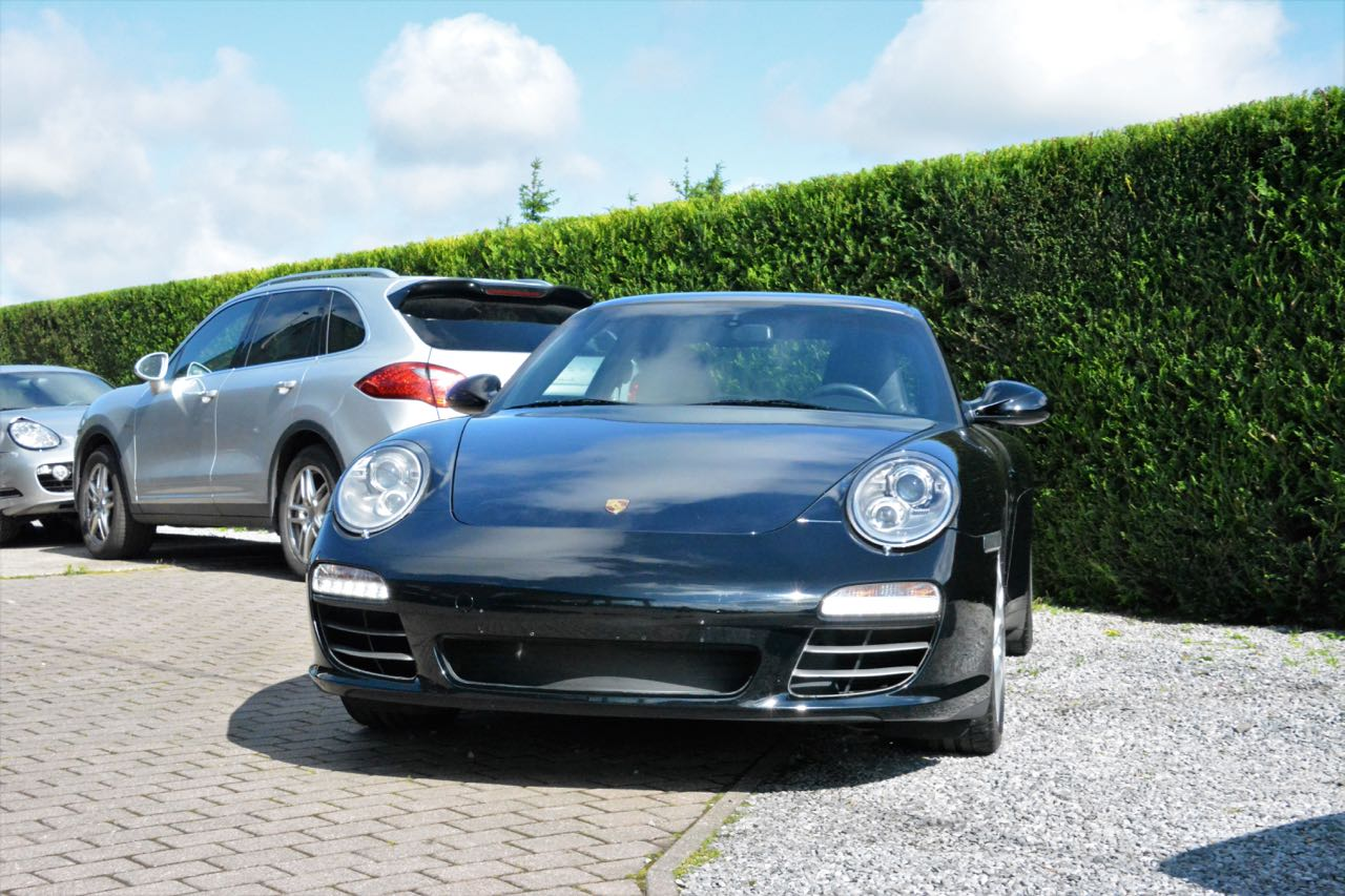 911 youngtimer - Porsche 997 Carrera 4S - Black - 2010 - 2 of 7