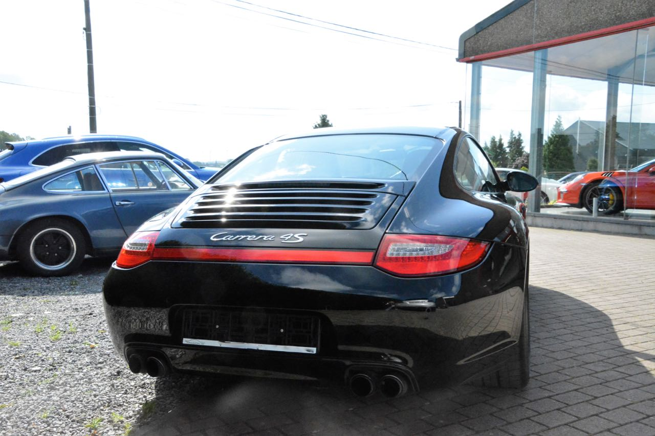 911 youngtimer - Porsche 997 Carrera 4S - Black - 2010 - 4 of 7
